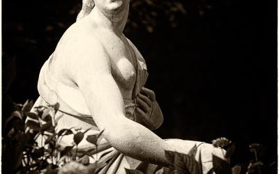 Statue in Mirabell Gardens