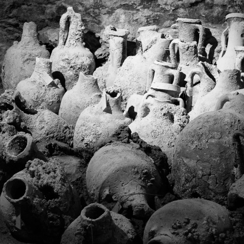 Amphorae in Pula